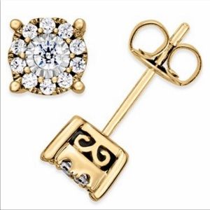 NWT Pure Gold 14K Genuine Diamonds Stud Earrings